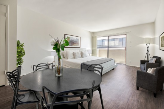 virtual staging - Wooster Studio Apt - missing images
