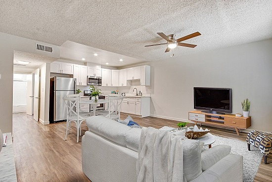 virtual staging - 21205 Roscoe Blvd Unit 37