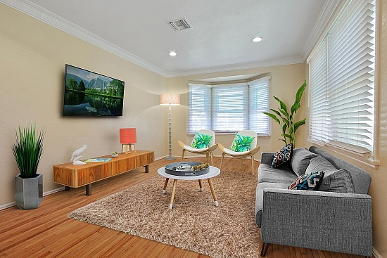 virtual staging - 530 E 99th St